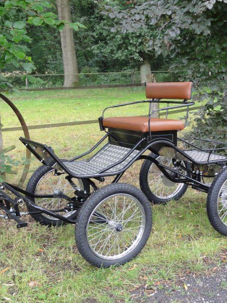Mini pony Concourswagen